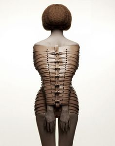 TREAT from designer Úna Burke is an amazing conceptual collection of wearable art pieces. Straight Jacket, Leather Harness, Fashion Art, Fashion Design, Weird Fashion, Female Form, Wearable Art, Kinky, Style Inspiration