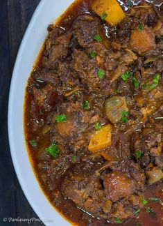 Filipino Recipes - Testaments to Filipino Culture and Identity Oxtail Recipes, Curry Recipes, Beef Recipes, Filipino Dishes, Filipino Recipes, Indian Food Recipes, Filipino Food, African Recipes, Kitchens