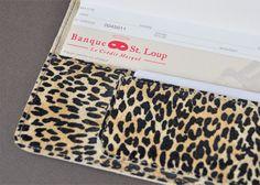 469-Porte-chèquier léopard flocké