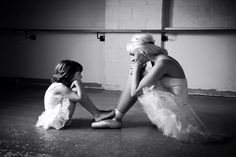 Cute mother daughter photo ;) this is a must!!!! I have my old tutu for fabi. Cant waitfor her to start ballet