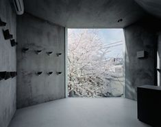 Super Thin Apartment in Tokyo  By Schemata Architects / Jo Nagasaka  ( via Home Designing )