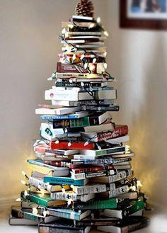 Yılbaşı kitap ağacı :)