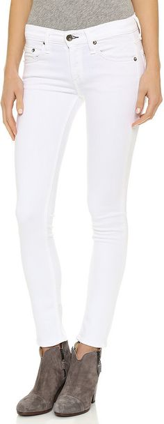Found: A Pair of White Jeans You'll Want to Show Off to the World