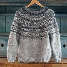 Mens Knit Sweater Pattern, Sweater Knitting Patterns, Knitting Designs, Knit Patterns, Norwegian Clothing, Norwegian Knitting, Icelandic Sweaters, Nordic Sweater, How To Purl Knit