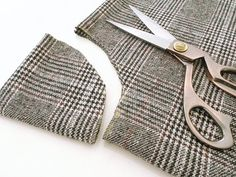 Stitch up your own swishy circle cape with this tweed cape tutorial by Portia Lawrie. We'll show you how to make your own cape sewing pattern – perfect for practising sewing with wool-weight fabrics. Poncho Pattern Sewing, Cape Pattern, Sewing Patterns, Sewing Basics, Sewing Hacks, Sewing Clothes, Diy Clothes, No Sew Cape, Cape Tutorial