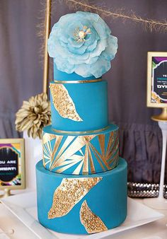 Incredible blue and gold tiered cake. Cake by Hey There, Cupcake @Stevi Mahaffey Mahaffey {Hey there, Cupcake!}. #gold #metallic #aqua #turquoise #blue
