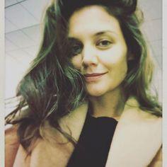 Katie Holmes faz sucesso ao publicar fotos sem maquiagem na web | TV Fama | RedeTV! Descobrimos os segredos das famosas viverem sem maquiagem e continuarem lindas! Linha Natura Chronos!!!