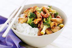 Un drama delicioso donde vemos como preparan un wok tradicional de verduras y pollo acompañado de arroz. Una joya gastronómica del cine