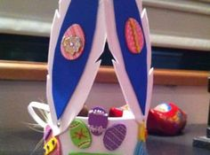 An easy Easter hat for the Easter Hat Parade