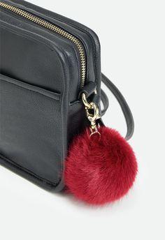 Cameron Handtaschen in Schwarz - günstig kaufen bei JustFab