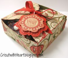 Cricut with Heart: Christmas Treat Box