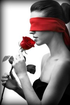 How nice to open your eyes on a red flower from someone you luv.