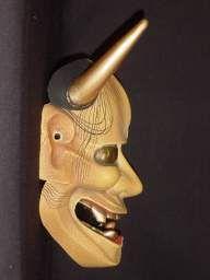 Noh mask, Hannya