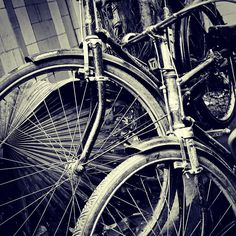 Friends #street #incredibleindia #socalitydelhi #vscodaily #vscoaddict #vsco #vscocam #bnw #bw_lover #blackandwhite #bnw_captures #bnw_life #voyagediaries #india #bw_perfect #photographer #travel #traveldairies #bbc #bbctravel #instavsco #photoofthedays #inspiredtraveller #_soi #nytimes #newyorker #world_streets #myshoeboxofphotographs #indiapictures #delhi