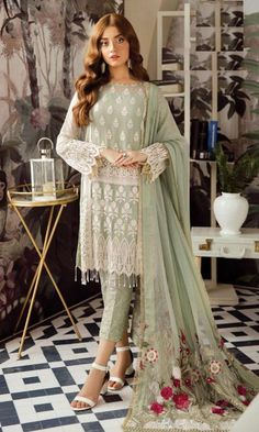 Designer Salwar Kameez, Pakistani Salwar Kameez, Pakistani Suits, Shalwar Kameez, Pakistani Dresses, Punjabi Suits, Pakistani Party Wear, Pakistani Wedding Outfits, Bollywood Wedding