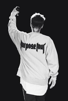 Read Justin Bieber from the story Wallpapers by langedefeu (𝓁𝑜𝓁𝒶) with 834 reads. Fotos Do Justin Bieber, Justin Bieber Pictures, I Love Justin Bieber, Justin Bieber Company, Justin Bieber Wallpaper, Justin Bieber Lockscreen, Throwback Songs, Justin Baby, Singer Songwriter