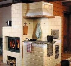 Home Rocket, Cordwood Homes, Earth Bag Homes, Log Home Kitchens, Architecture Design, Cooking Stove, Kitchen Stove, Rocket Stoves, Four