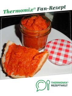Paprika spread, vegetarian / vegan by Rosemaria. A Thermomix ® recipe from the Sauces / Dips / Spreads category at www.de, the Thermomix ® Community. Vegetarian Breakfast, Vegan Vegetarian, Vegetarian Recipes, Vegetable Protein, Vegetable Drinks, Healthy Eating Tips, Healthy Nutrition, Vegan Thermomix, Sante Plus