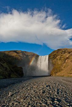 Icelandic Landmark ; Skógafoss http://www.vacationrentalpeople.com/vacation-rentals.aspx/World/Europe/Iceland/