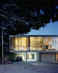 Bob-s_House_Exterior-Sarasota