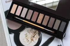 Lily Pebbles: HERE COME THE CHRISTMAS PALETTES