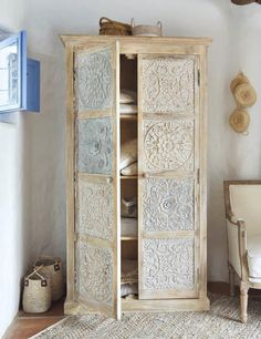 Solid mango wood wardrobe in white and silver from Maisons DU monte Affordable Furniture, Funky Furniture, Furniture Projects, Furniture Makeover, Painted Furniture, Furniture Design, Indian Furniture, Wooden Bedroom, Bedroom Decor