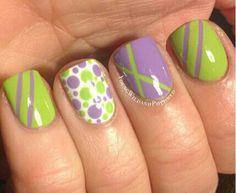 diseño de uñas naturales pintadas. 200