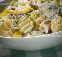 Sałatka z ziemniaków, ogórków kisoznych i jajka