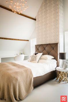 Luxe slaapkamer inrichting met bed | slaapkamer design | bedroom ideas | master bedroom | Hoog.design