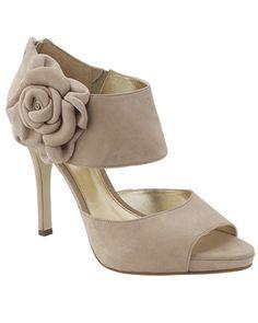 Wedding guest dress ideas on pinterest bridesmaid shoes for Dress shoes for wedding guest