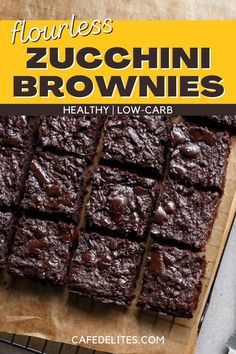 Low Carb Zucchini Brownies are so incredibly moist and fudgy and are made in one bowl. These are low in carbs but high in flavour; sweetened with Stevia or any other natural sweetener you have on hand. These brownies are also flour-less and healthy! They are are so addictive it's probably a good thing they're low carb, because you WILL want to eat an entire pan! Zucchini Brownies, Cafe Delites, Best Brownies, Easy Food To Make, No Bake Cake, Love Food, Low Carb, Yummy Food, Stevia