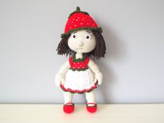 Crochet stuffed doll strawberry kids toys baby shower home decor girls gift ideas amigurumi knitted dolls decorations collectible dolls