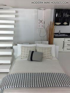 MiPad Black & White Loft
