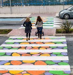 Le strisce pedonali Madrid colorate dall'artista Christo Guelov