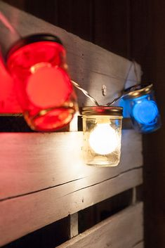 Use Red, White and Blue Globe Lights in Mason Jars for Patriotic Lights Fourth Of July Cakes, Fourth Of July Food, Mason Jar Crafts, Mason Jars, Breakfast Food List, Oatmeal Smoothies, Picnic Foods, Bbq Party, Globe Lights