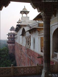 Agra Palace Agra,India/20021208