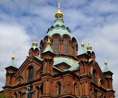 Europe Video Productions travel photo: Uspenski Orthodox cathedral of Helsinki in Finland: Eastern Orthodox Finnish church - Tourism capital of Finland Photo Voyage, Finland Travel, Europe, Travel Videos, Baltic Sea, Kirchen, Barcelona Cathedral, Travel Photos, Travel Destinations
