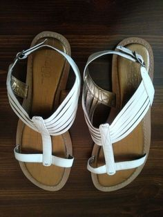f1e417834ff A Nice Pair of White Indigo by Clarks Sandals Size