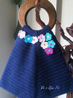 Vê O Que Fiz Crochet Handbags, Burlap, Reusable Tote Bags, Facebook, Fashion, Crochet Bags, Moda, Hessian Fabric, Fasion