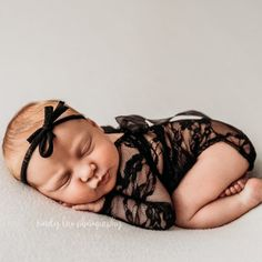 Beautiful newborn photo outfits for newborn photography. Playsuits have satin bows sewn on back as pictured. These pieces are handmade with soft stretch lace. Rompers are not lined. These are perfect as newborn photography props newborns up to 9 lbs and 0-3 months for babies up to 11 lbs Newborn size is not lined. HEADBANDS NOT INCLUDED. You are buying: Romper ONLY Color: Black Every piece is individually handmade with love, care, time and attention. One piece may take several hours to make… Newborn Photo Outfits, Newborn Posing, Newborn Shoot, Newborn Pictures, Baby Pictures, Baby Photos, Clothing Photography, Newborn Photography Props, Cake Smash Outfit