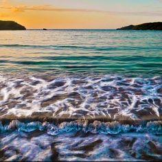 Playa Media Luna en el Amanecer, Vieques