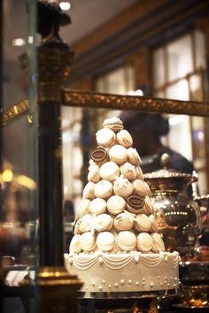 macron croquembouche window display