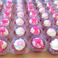 Cupcakes - favours for baby shower