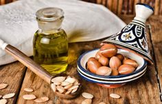 Top Argan Oil Benefits for Skin & Hair People also ask Is argan oil good for hair growth? Is it okay to put argan oil on your face? Is argan oil dangerous? Does argan oil help with wrinkles? Argan Oil Uses For Hair, Argan Oil Hair, Hair Oil, Pure Argan Oil, Organic Argan Oil, Natural Eyelash Growth, Natural Skin, Creme Anti Age, Anti Aging Cream