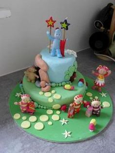 Delaney was such a big In the Night Garden fan, she just loved her birthday cake. 2 Birthday Cake, 2nd Birthday Parties, Boy Birthday, Birthday Ideas, Teletubbies Cake, Garden Cakes, Night Garden, Sugar Art, Family Life