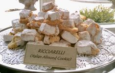 Ricciarelli is one of The UrbnSpice Chef's favourite Italian cookies. Learn how to make this easy rustic cookie with rugged egdes. Gluten Free Recipes, My Recipes, Cookie Recipes, Cannoli Cookies Recipe, Italian Almond Cookies, Happy Kitchen, Homestead, Bakery, Sugar