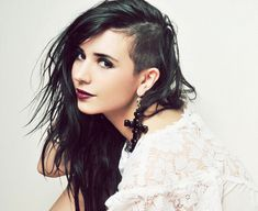 Hairstyles with One Side Shaved   All Carito Fashion: Shaven one side Hairstyle