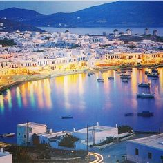 greeceandcyprus via Instagram Mykonos, Greece. http://instagram.com/p/i1g5c3mHHT/?modal=true