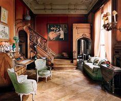 In de hal hangt een werk van Belgische expressionist Léon de Smet.