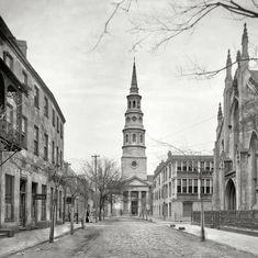 "Charleston, South Carolina, circa 1910. ""St. Philip's Church and French Huguenot Church."""